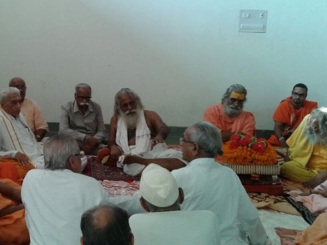 meeting-at-ram-mandir-issue-558029004aa13_exlst